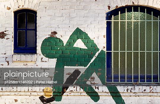 Wandmalerei: Hockey - p1258m1146202 von Peter Hamel
