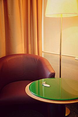 Hotelzimmer - p382m886990 von Anna Matzen