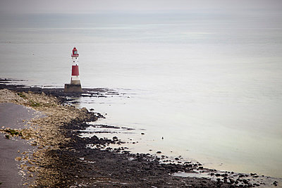 Eastbourne - p464m852457 by Elektrons 08