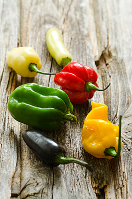 Different hot chili peppers - p300m1053094f by Doris.H