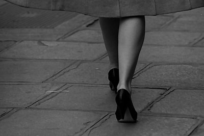 Woman's legs - p1413m2107451 by Pupa Neumann
