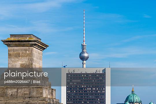 Blick vom Reichstag - p488m2026447 von Bias