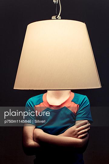 Lampe - p750m1145846 von Silveri