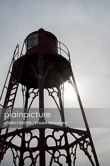 Wasserturm - p949m1200305 von Frauke Schumann