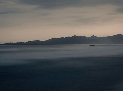 Evening at the sea - p999m949674 by Monika Kluza