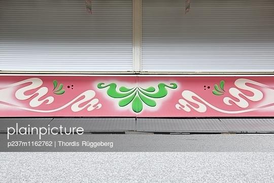 p237m1162762 by Thordis Rüggeberg