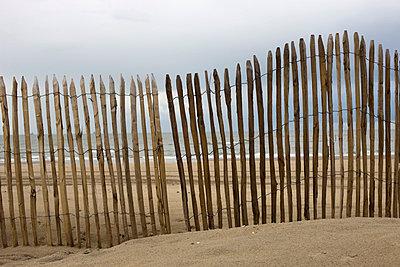 Fence - p6760065 by Rupert Warren