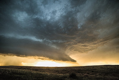 Supercell at sunset, Holyoke, Colorado, USA - p429m1494506 by Jessica Moore