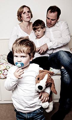 Familie mit zwei Kindern - p1221m1021220 von Frank Lothar Lange