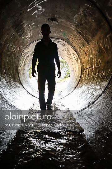 Krimi in der Kanalisation - p1019m2107516 von Stephen Carroll