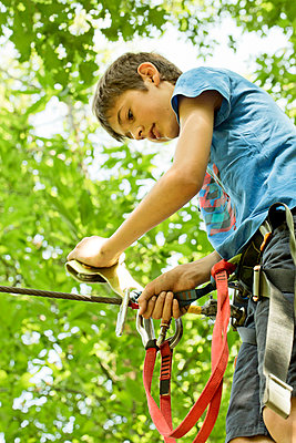 Ropes course - p445m1051407 by Marie Docher