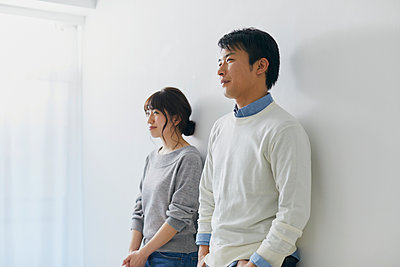 Japanese couple - p307m2003782 by Yosuke Tanaka