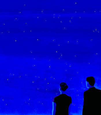 Illustration, Couple under night sky - p1541m2263692 by Ruth Botzenhardt