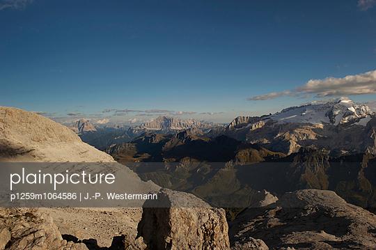 Bergpanorama, Sass Pordoi - p1259m1064586 von J.-P. Westermann