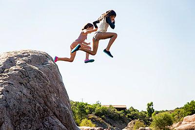 Jump - p756m2021953 by Bénédicte Lassalle