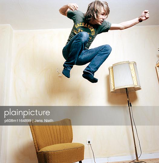Jump - p608m1164899 von Jens Nieth