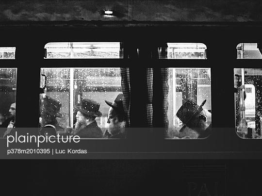 p378m2010395 von Luc Kordas