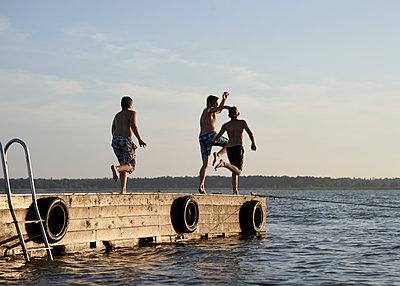 Spaß am Badesee - p1124m917961 von Willing-Holtz