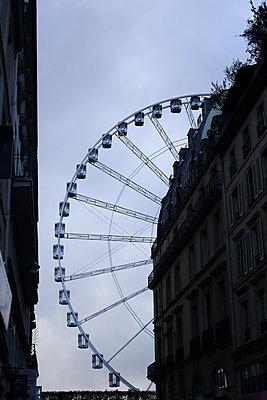 Paris, Ferris wheel - p1063m2151409 by Ekaterina Vasilyeva