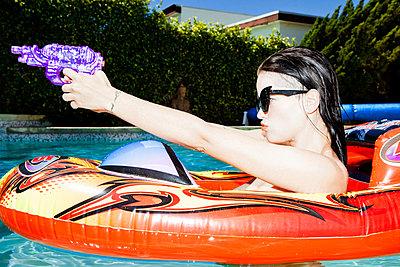 Water gun - p930m916897 by Phillip Gätz