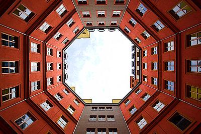 Blick hinauf - p1399m1561838 von Daniel Hischer