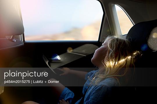Autoreise - p454m2015275 von Lubitz + Dorner