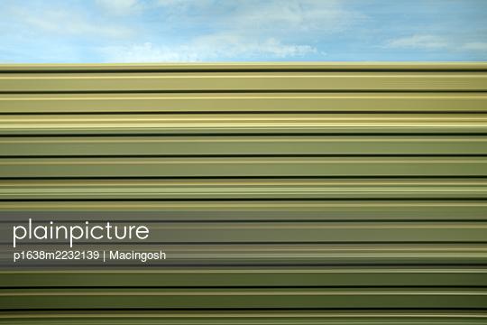 p1638m2232139 by Macingosh