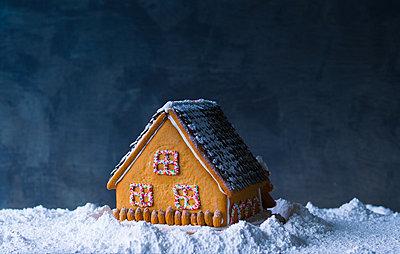 Lebkuchenhaus - p1053m851230 von Joern Rynio