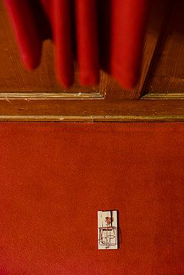 Mausefalle - p335m1123069 von Andreas Körner