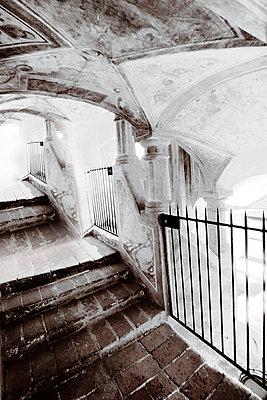 Stairway to Light, Treppe zum Licht - p9792105 von Jaeckel