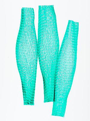 Green net packaging - p401m2272889 by Frank Baquet