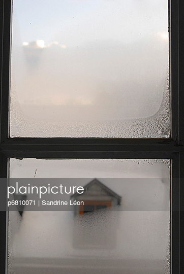 Window in the mist - p6810071 by Sandrine Léon