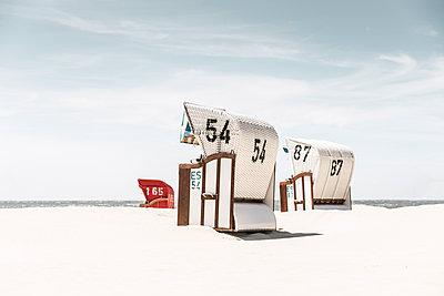 Strandkörbe am Borkumer Südstrand - p1162m1475409 von Ralf Wilken