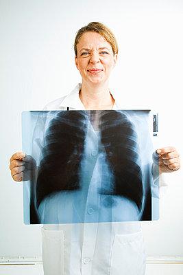 Doctor - p4130371 by Tuomas Marttila