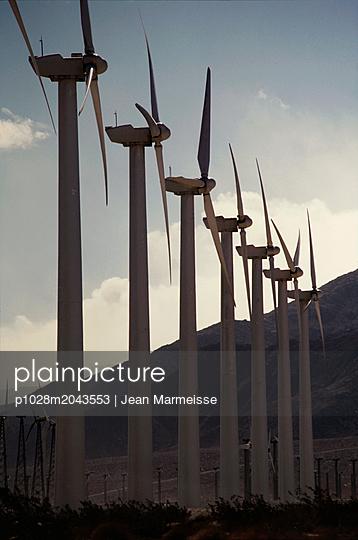 Wind turbines, Palm Springs, California - p1028m2043553 by Jean Marmeisse