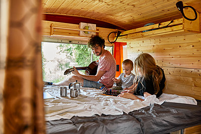 Family holiday in the mobile home - p1146m2196063 by Stephanie Uhlenbrock