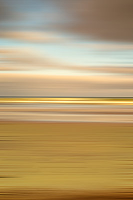 Coastal scene with motion blur effect. - p1436m1573249 by Joseph S. Giacalone