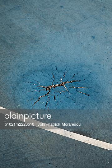 Bodenschaden - p1021m2228518 von John-Patrick Morarescu