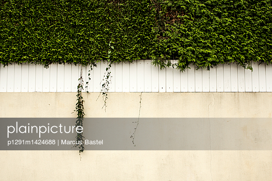p1291m1424688 by Marcus Bastel