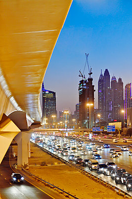 Dubai Internet City rush hour motorway traffic E11 - p1048m1512721 by Mark Wagner