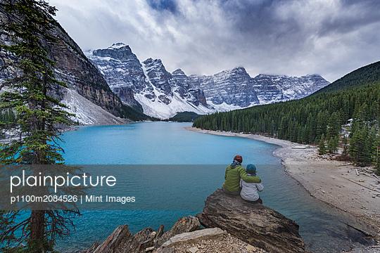 08.10.13 - p1100m2084526 by Mint Images