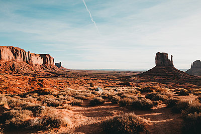Tranquil view of desert against sky - p1166m1530181 by Cavan Images