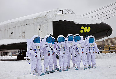 Astronauts - p390m813059 by Frank Herfort