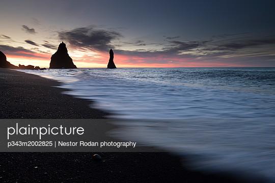 p343m2002825 von Nestor Rodan photography