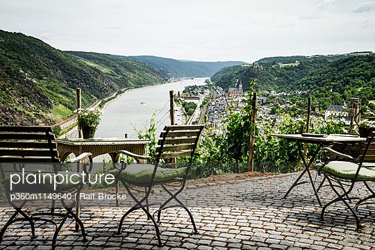 Am Rhein - p360m1149640 von Ralf Brocke