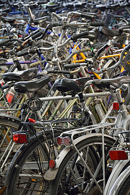 Many bicycles - p300m877928 by Axel Ganguin