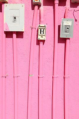 Pink - p045m813509 by Jasmin Sander