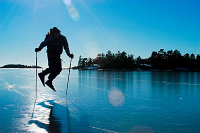 Scandinavia, Sweden, Stockholm, Man skiing - p5755803 by Hans Berggren