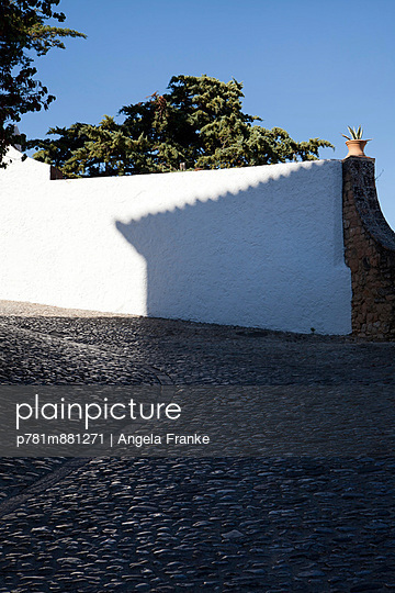Schattenspiel - p781m881271 von Angela Franke
