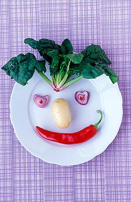 Gemüsegesicht - p1650216 von Andrea Schoenrock